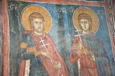 Св. Калистрат Византийски и св. Арт. Фреска от Сърбия, манастир Дечани. XIV в.