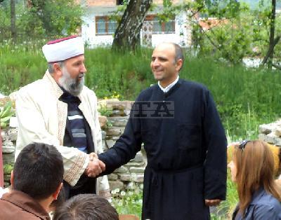 Общ курбан за християни и мюсюлмани на Свети Николай летни в Ракитово