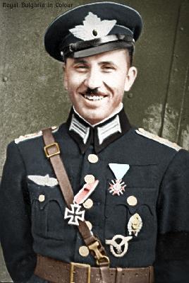 ПОРУЧИК СТОЯН СТОЯНОВ. Българският ас с най много въздушни победи Три пъти награждаван с ордена ''За Храброст'' първият награден с ордена след Ньойския договор