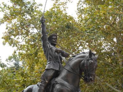 Паметника на генерал Колев в Добрич, изместил демонтирания символ на съветската комунистическа окупация